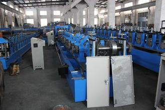 中国 C Z の母屋は Q195/Q235 炭素鋼に機械の形成を冷間圧延します サプライヤー