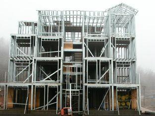 中国 精密な計算の急速な場所の構造の構造スチールの製作の倉庫/事前アセンブリー サプライヤー