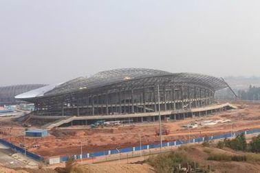 OEM の鉄骨構造、プレハブの管の金属のトラス建物およびスポーツの競技場